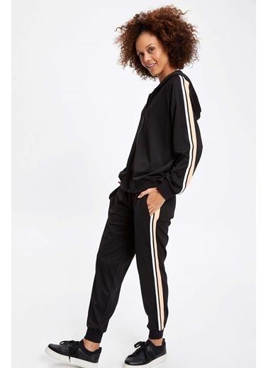 DeFacto Şerit Detaylı Fermuarlı Sweatshirt Siyah